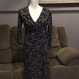 Women's brand new Anne Klein Dress with tags.